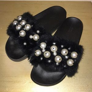 Urban Outfitters furry slides with pearl baubles